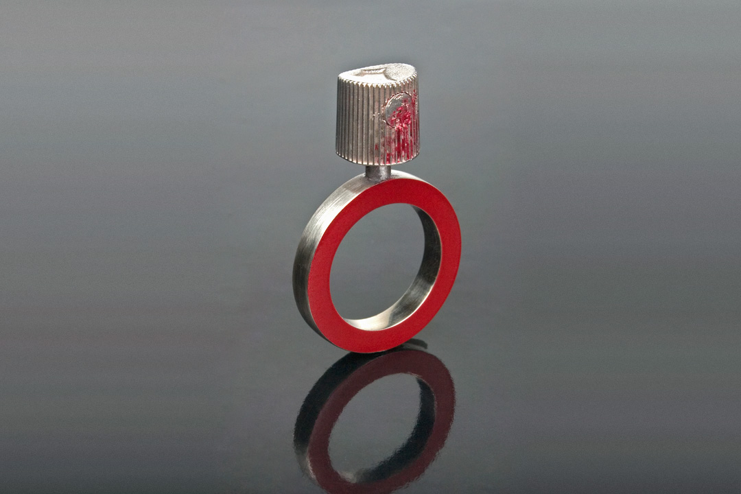 12-graff-cap-ring
